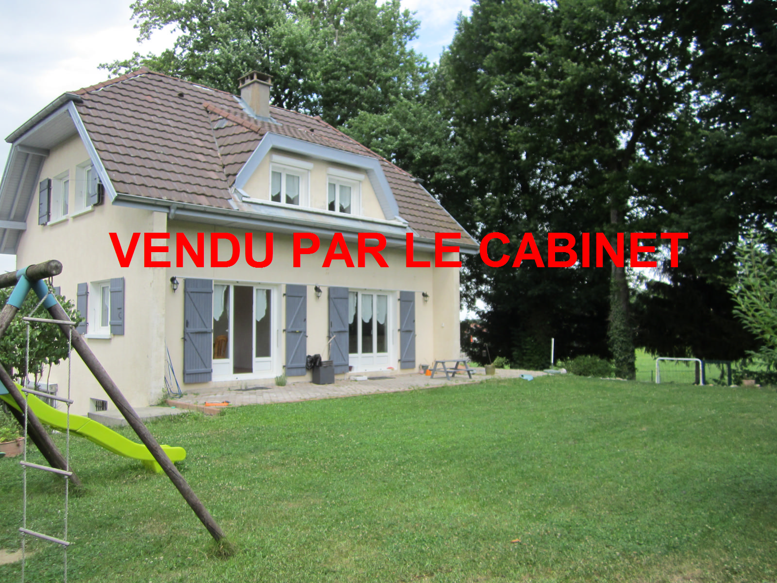 A vendre : VALLEIRY